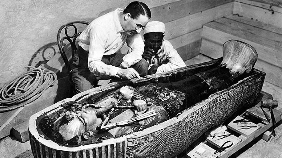 Howard Carter der opdagede Tut Ankh Amons grav i 1922, og ikke var blandt de 11 der døde efter opdagelsen