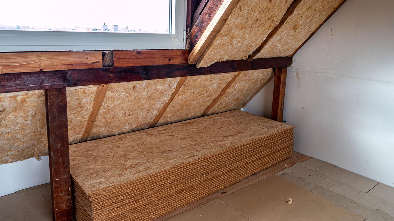 Er der mon Tagkonstruktion hvor der muligvis er skjult skimmelsvamp på loftet i denne tagkonstruktion ?